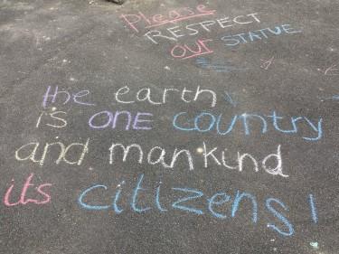 Community Response to Graffiti on War Memorial (7)