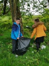 Dean Field Junior Wardens Litter Pick (9)